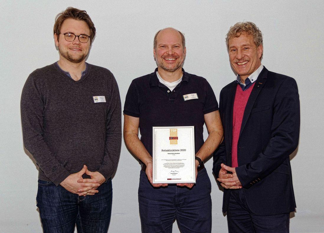 Auszeichnung für Nordseeklinik Westfalen durch den FOCUS Gesundheit Deutschlands Top-Rehaklinik - Oberarzt Martin J. Kreetz, Chefarzt Martin Leibs, Geschäftsführer Dr. Ralf J. Jochheim